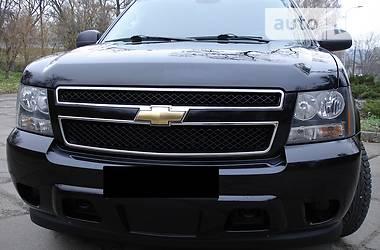 Chevrolet Suburban 5.3 L V8 2009