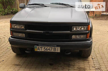 Позашляховик / Кросовер Chevrolet Suburban 1997 в Львові