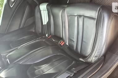Седан Chrysler 200 2014 в Вышгороде