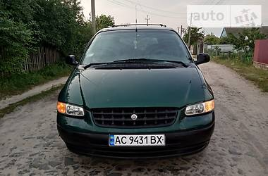 Chrysler Grand Voyager 1996 в Старой Выжевке