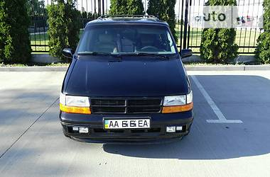 Chrysler Voyager 1993 в Киеве