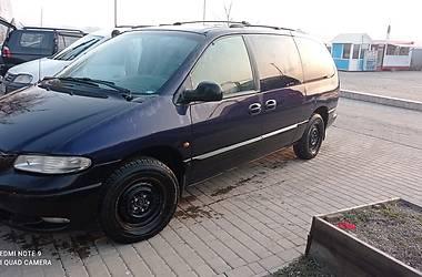 Минивэн Chrysler Voyager 1997 в Черновцах