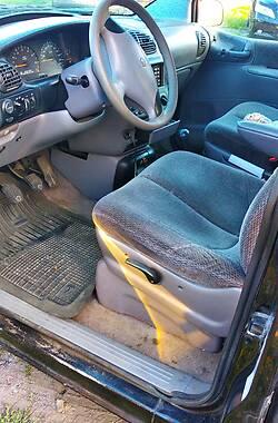 Мінівен Chrysler Voyager 1996 в Полтаві
