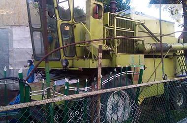 Комбайн зернозбиральний Claas Dominator 1986 в Дубні