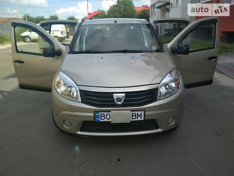 Dacia Sandero 2012 года в Тернополе