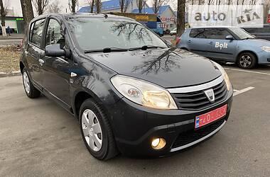 Dacia Sandero 2008 в Киеве