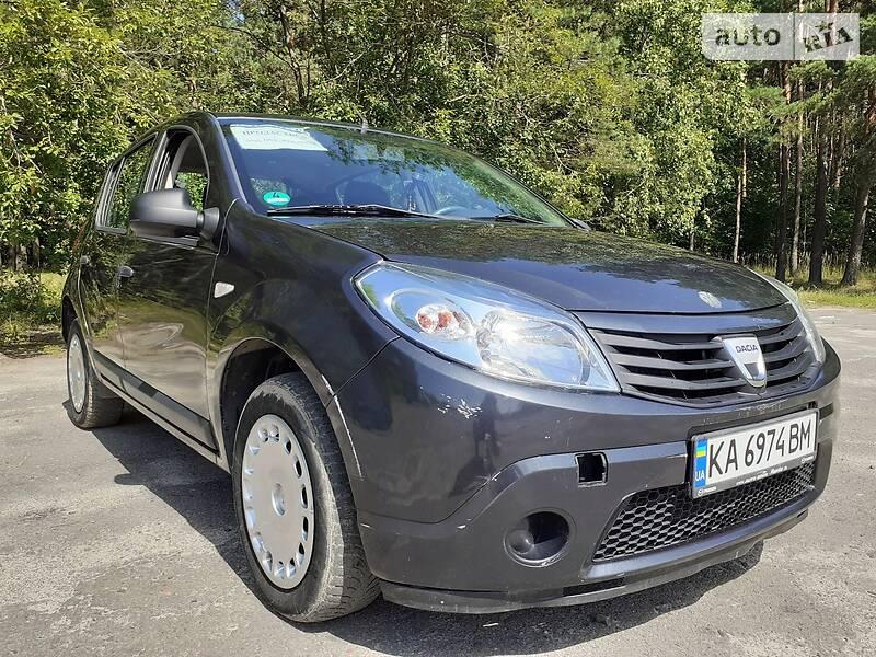 Хэтчбек Dacia Sandero 2009 в Ковеле