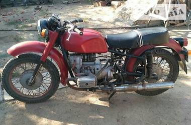 Днепр (КМЗ) МТ-10-36 1980 в Умани