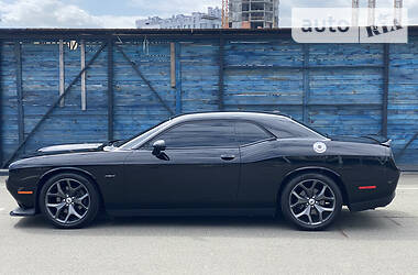 Dodge Challenger 2018 в Киеве