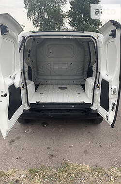 Легковий фургон (до 1,5т) Fiat Fiorino груз. 2016 в Черкасах