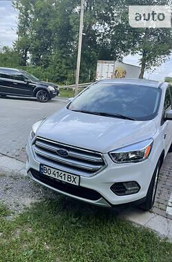 Внедорожник / Кроссовер Ford Escape 2016 в Бучаче