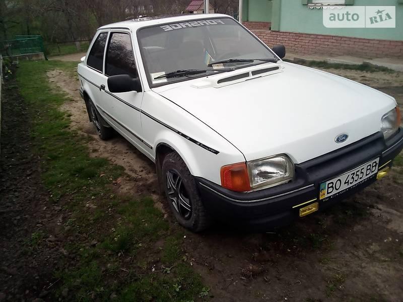 Ford Escort 1988 в Тернополі