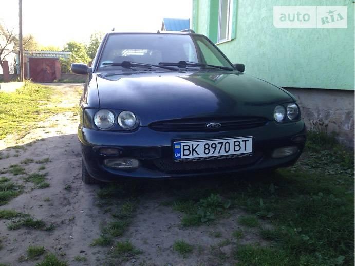 Ford Escort 1996 в Гоще