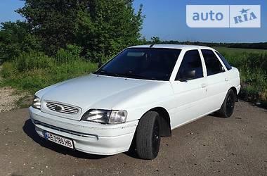Лифтбек Ford Escort 1993 в Павлограде