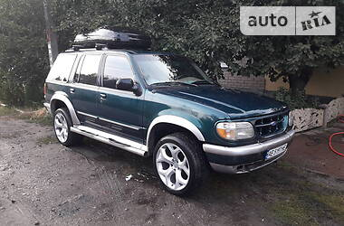 Ford Explorer 1996 в Днепре