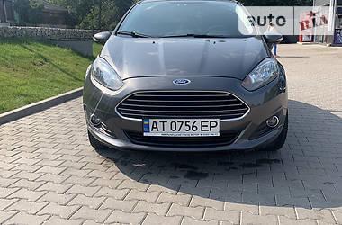 Хетчбек Ford Fiesta 2015 в Івано-Франківську