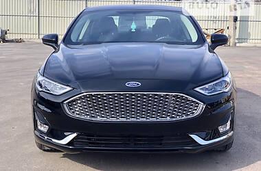 Седан Ford Fusion 2017 в Чернигове