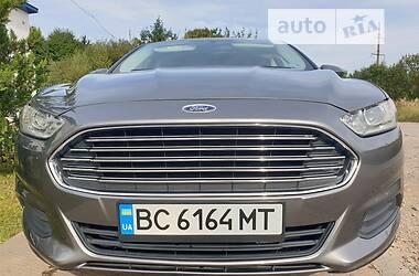 Седан Ford Fusion 2013 в Стрию