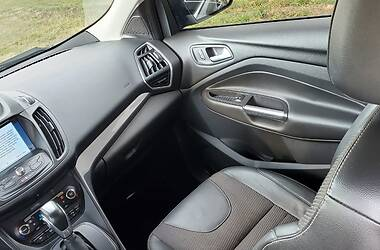 Внедорожник / Кроссовер Ford Kuga 2013 в Ровно