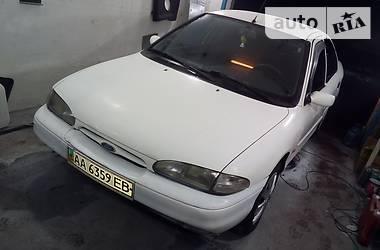 Ford Mondeo 1995 в Киеве