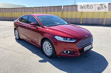 Ford Mondeo 2016 в Новограде-Волынском