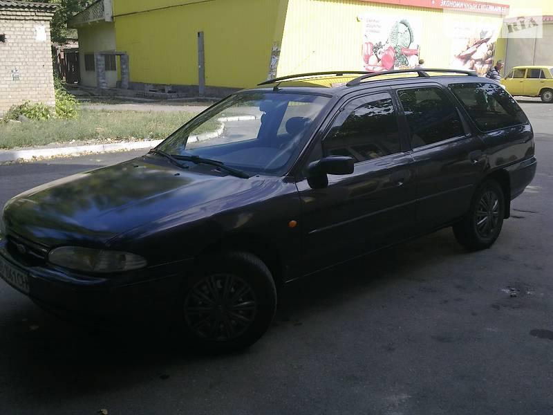 Ford Mondeo 1996 в Луганске