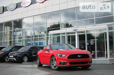 Ford Mustang Convertible 2.3i Eco