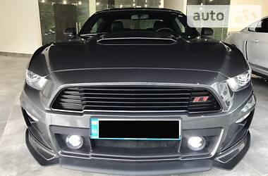 Ford Mustang ROUSH