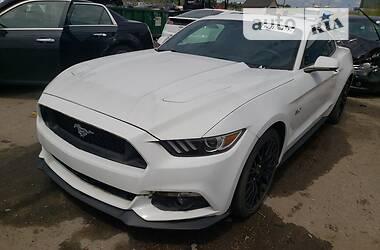 Купе Ford Mustang 2016 в Киеве
