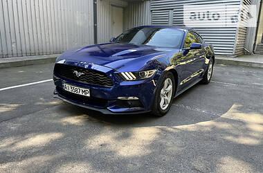 Купе Ford Mustang 2015 в Киеве