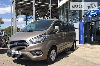 Ford Transit пасс. 2018 в Черновцах