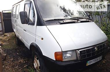 ГАЗ 322132 2001 в Сарате