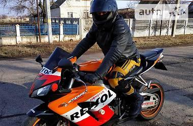 Honda CBR 1000RR 2004 в Покрове