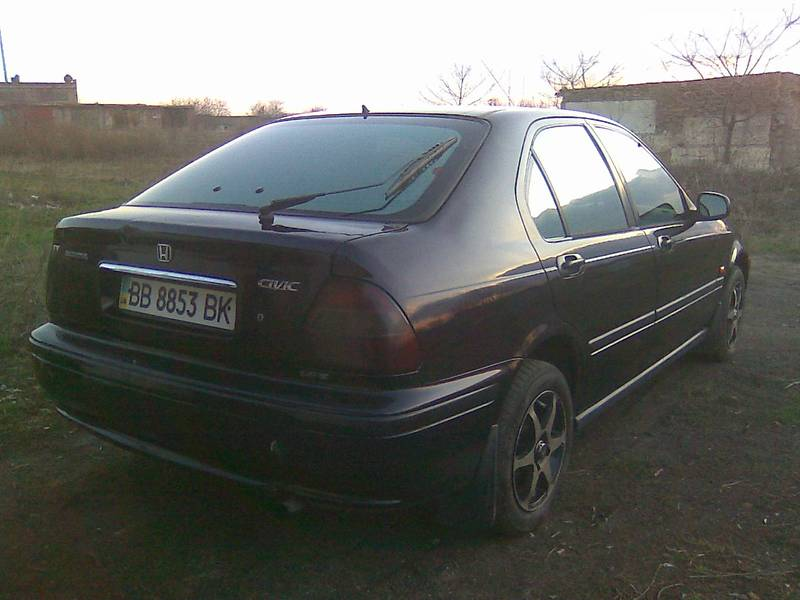 Honda Civic 1998 в Луганске