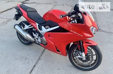 Мотоцикл Спорт-туризм Honda VFR 800 2015 в Киеве