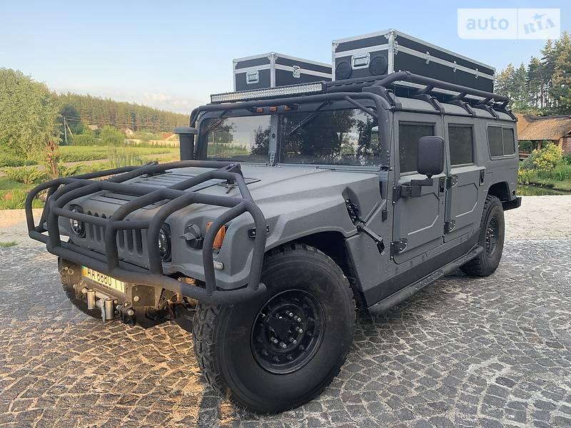 Hummer H1 1996 року в Києві