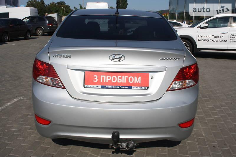 Hyundai Accent 2011-2012 2011