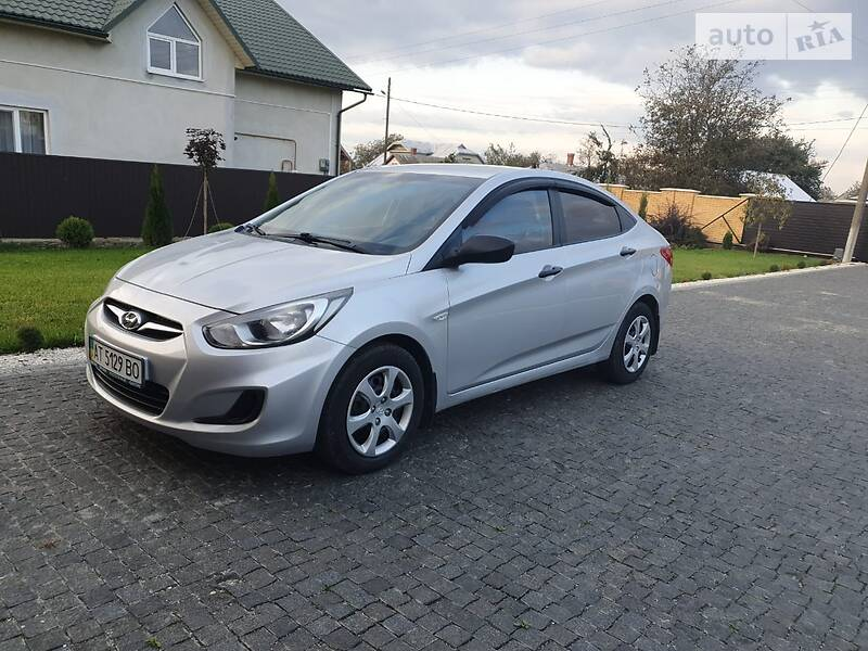 Hyundai Accent 2013 в Снятине