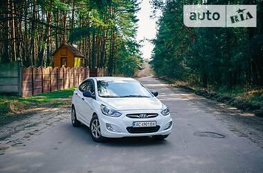 Седан Hyundai Accent 2012 в Нововолынске