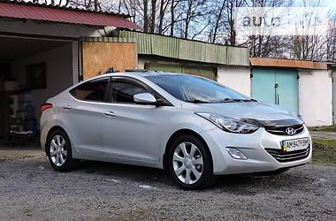 Hyundai Elantra 2013 в Новограде-Волынском
