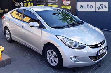 Седан Hyundai Elantra 2011 в Никополе
