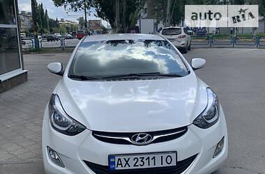Седан Hyundai Elantra 2011 в Днепре