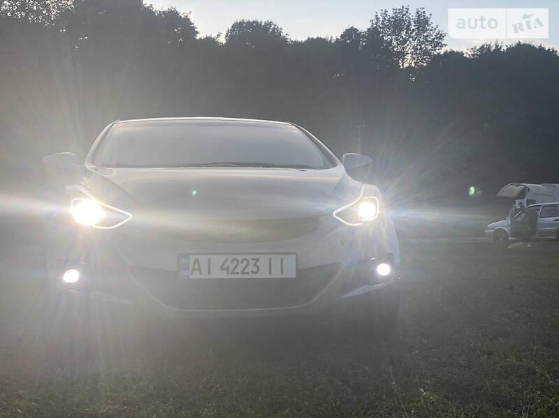 Hyundai Elantra GLX