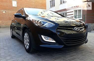Hyundai i30 2012 в Ромнах