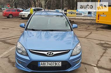Hyundai i30 2011 в Славянске