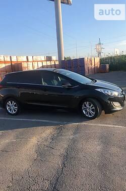 Унiверсал Hyundai i30 2014 в Ужгороді