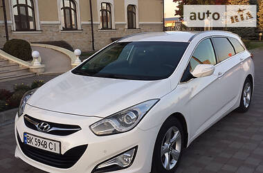 Hyundai i40 2011 в Ровно