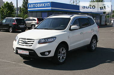 Позашляховик / Кросовер Hyundai Santa FE 2010 в Києві