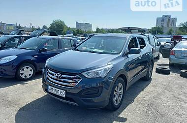 Позашляховик / Кросовер Hyundai Santa FE 2015 в Черкасах