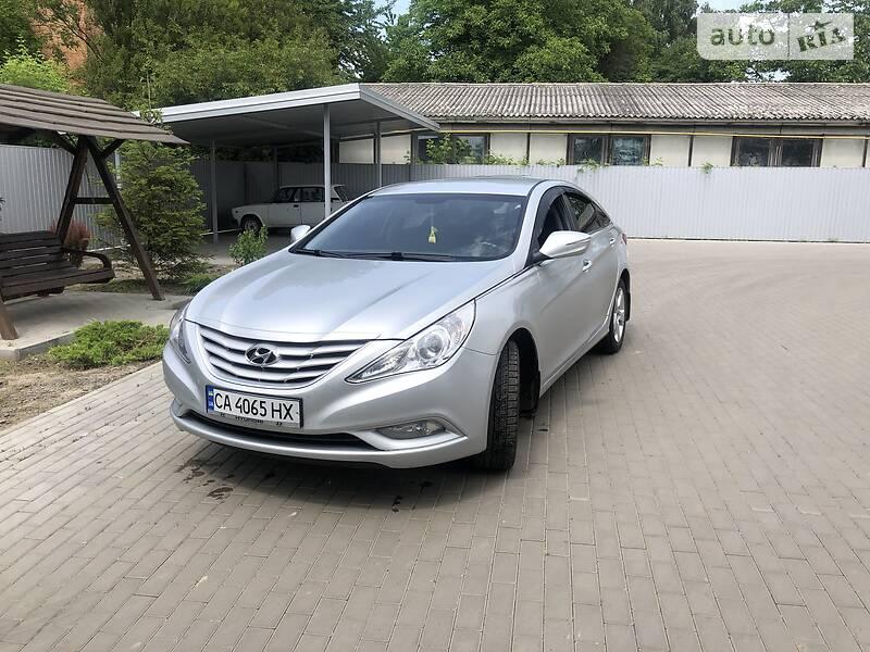 Седан Hyundai Sonata 2012 в Черкасах